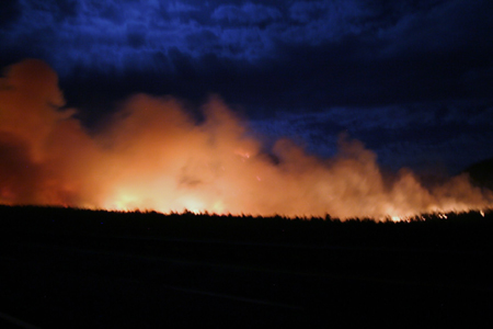 Twin Fire from Devil Dog Road along I-40 west of Williams. Copyright 2009 by Marv Mason.